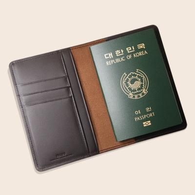[여성여권지갑]마르틴(타조엠보)_잠금장치(O)