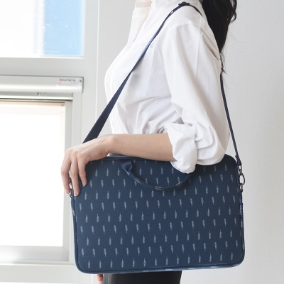 [스크래치]바투카 데일리라이크 feather 노트북가방