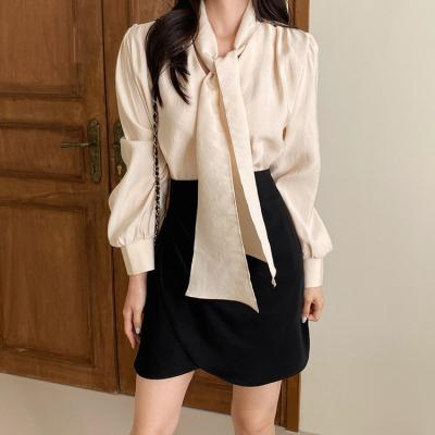 Lady Puff Tie Blouse