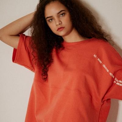 오버핏 소매 레터링 5부 티셔츠(남여공용) 레드오렌지