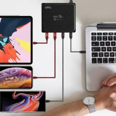 UM2 100W USB IF PD C타입 4포트 고속 멀티 충전기