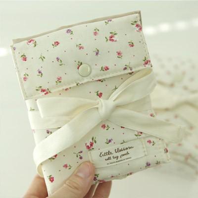 Little Blossom 롤백 파우치