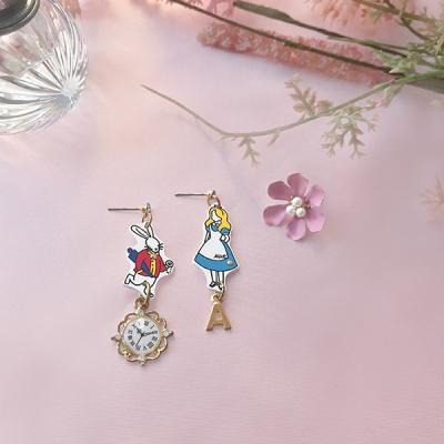 오브웬 앨리스와 토끼 귀걸이