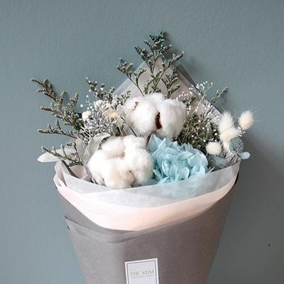 목화와블루수국꽃다발