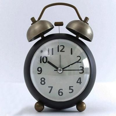 아침을 깨우는 우렁찬 쌍종 알람탁상시계 CH1415731