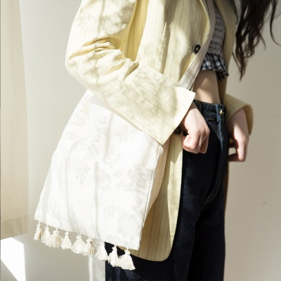 Tassel point linen bag_ivory