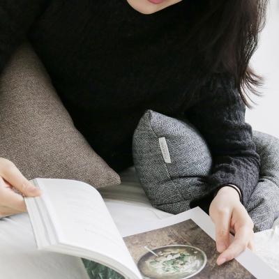 [포홈]헤링본 모직 사각쿠션(솜포함)