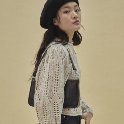 10/17[펀프롬펀]Jenny baguette bag_croc (black)