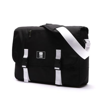[로디스] COMFORTABLE MESSENGER BAG - BLACK/WHITE