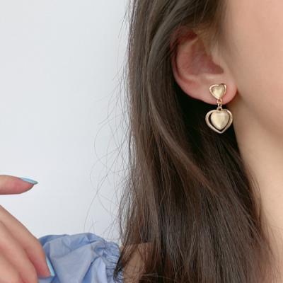 에루 하트 여성 레이어드 귀걸이