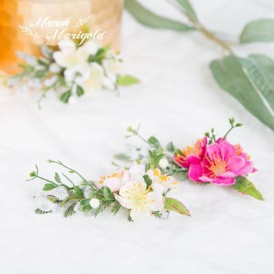 마쉬매리골드조화 네추럴 명자꽃 헤어핀 (3COLOR)