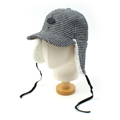 BKMT Houndtooth Check Earflap Cap