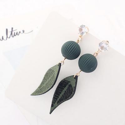 귀걸이 이어링 체인 데일리 파스텔톤 나뭇잎 패턴