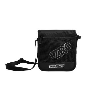 [얼모스트블루] X IZRO MINI BAG 메쉬 크로스백