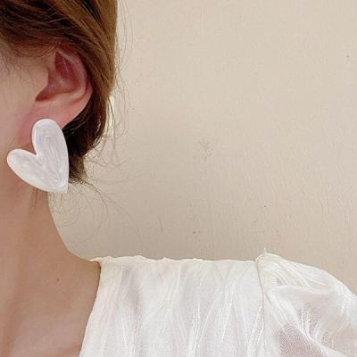 멀에린 하트 귀걸이