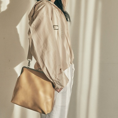 Amelie frame big bag_beige