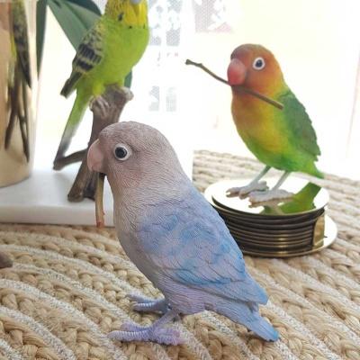 예쁜 앵무새 인형