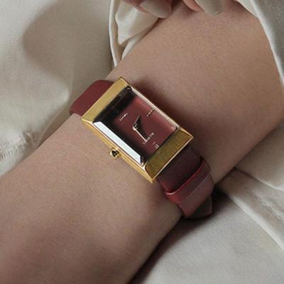 여자 시계 브랜드 가죽 손목시계 그리드 버건디 골드
