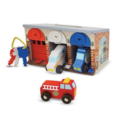 응급차량과 주차장 놀이 세트