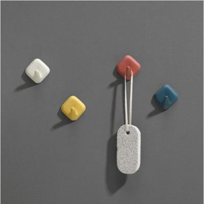 네모 접착식 벽걸이 후크 4개 1세트(색상랜덤)