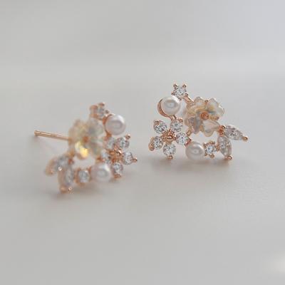 제이로렌 M02951 플라워 로즈골드 자개꽃 귀걸이