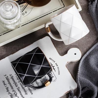 루코 시그니처 골드라인 머그잔 450ml (2color)
