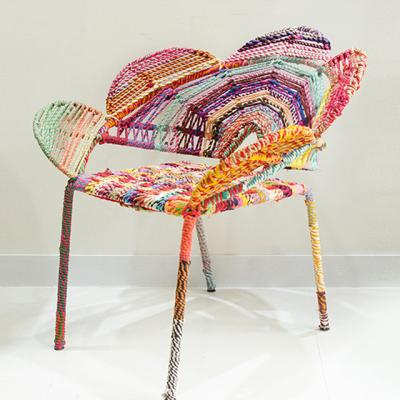 무지개 의자