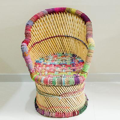팜파스 컬러플 의자