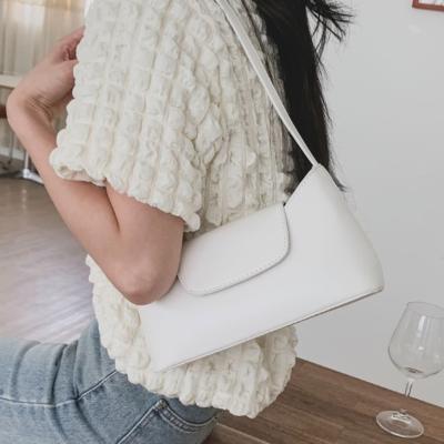 여성 숄더백 호보백 가방 데일리 후니오 데일리