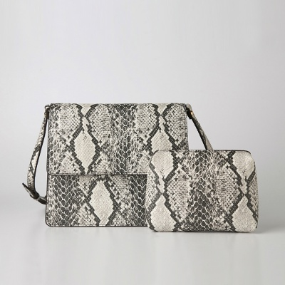 Trapezoid Cross Bag (Snake) - P007C_SN