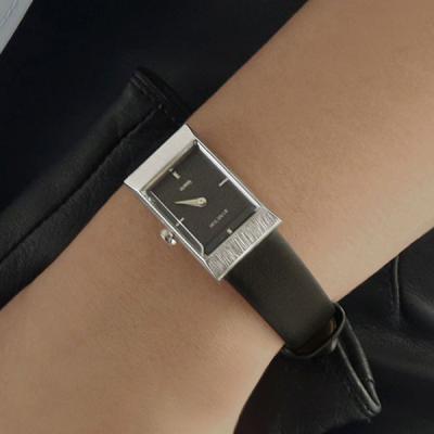 여성 빈티지 가죽 손목 시계 바우스 그리드 블랙 실버