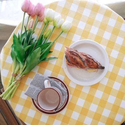 레몬 체크 방수 테이블 커버