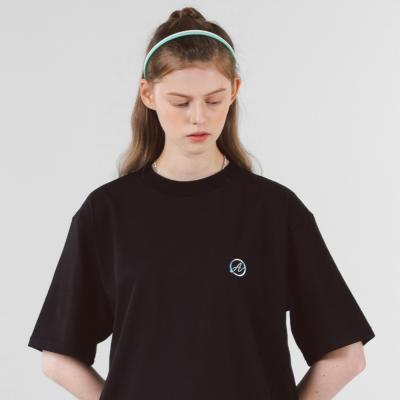 A 서클 홀로그램 슬릿 반팔티셔츠 (블랙)