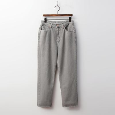 Vintage 90s Loose Fit Jeans