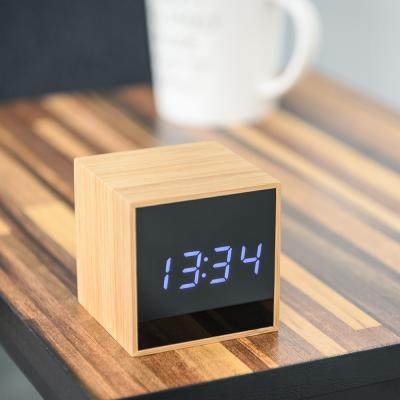 오리엔트 큐브우든 OT1609 화이트LED 디지털탁상시계