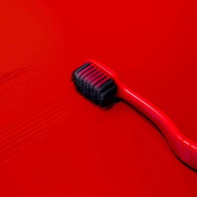 [1+1] 프리미엄 Red Edition 미세모 와이드칫솔