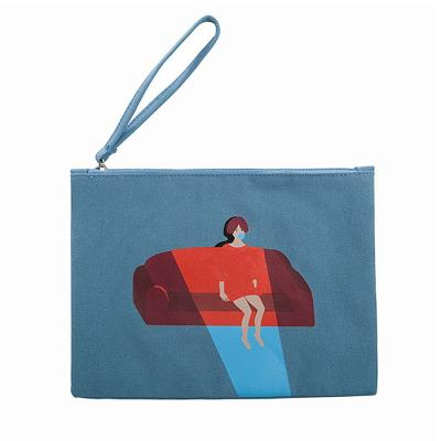[kiitos]COSMETIC BAG - SKY BLUE