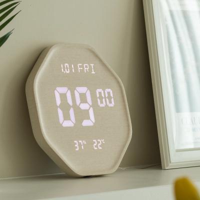 플라이토 루나 헥사곤 온습도 LED 벽시계 인테리어