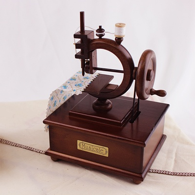 [일본산쿄] 원목 원형 재봉틀 오르골(YA-161S)