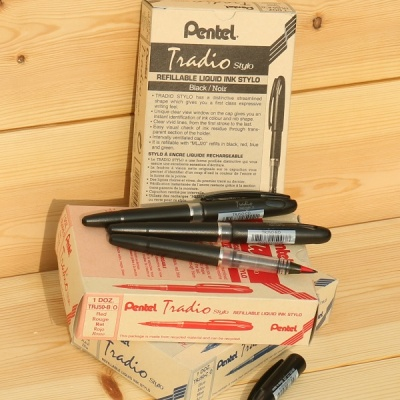 [Pentel] 굵고 얇게 생생하게 써지는 수성펜..일본 펜텔 Tradio stylo TRJ50 1다스