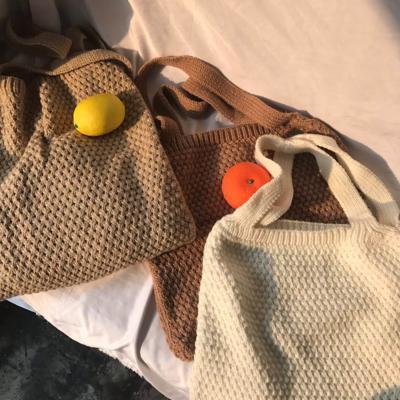 여성 숄더백 호보백 가방 데일리 핀더 니트