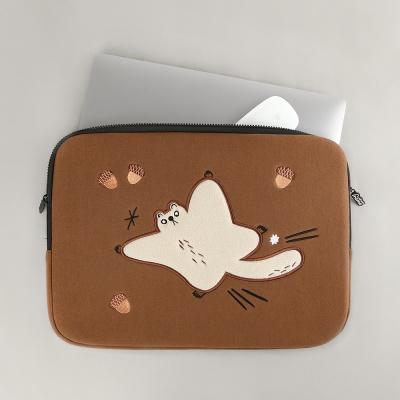 (iPad/13/14/15)자수 노트북파우치_하늘을 날다람쥐