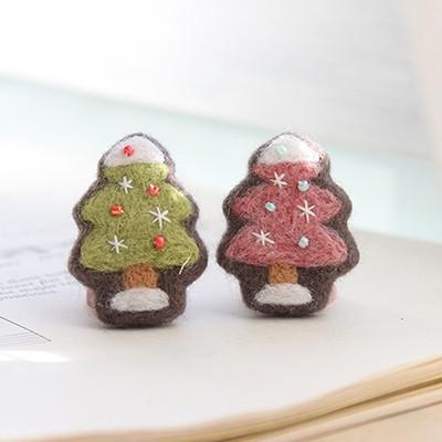 크리스마스 트리 브로치