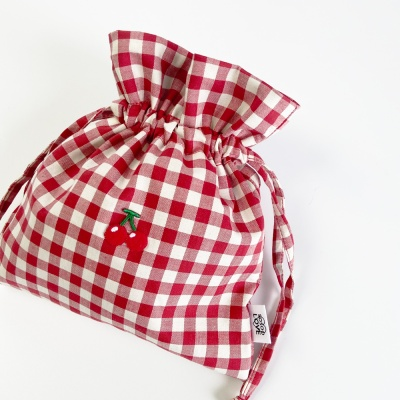 cherry pouch circle