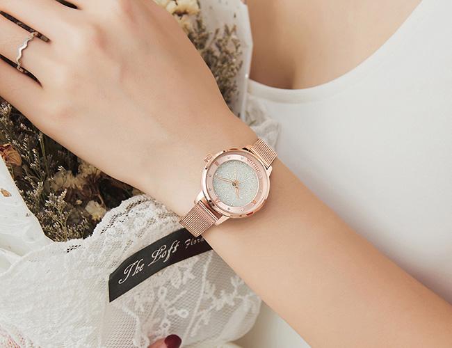 당신만을 위한 시계, 쥴리어스
