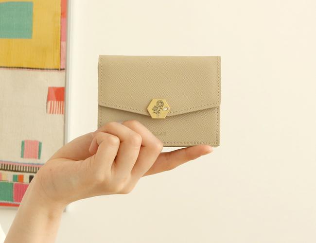 새롭게 눈에 들어오는 지갑