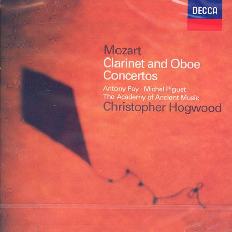 CLARINET CONCERTO/ OBOE CONCERTO/ HOGWOOD