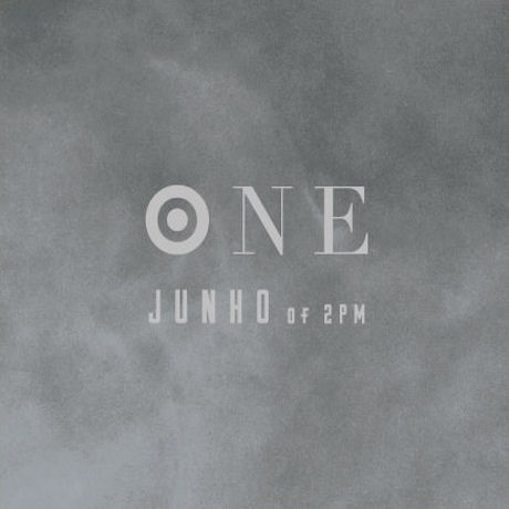 ONE [BEST ALBUM]