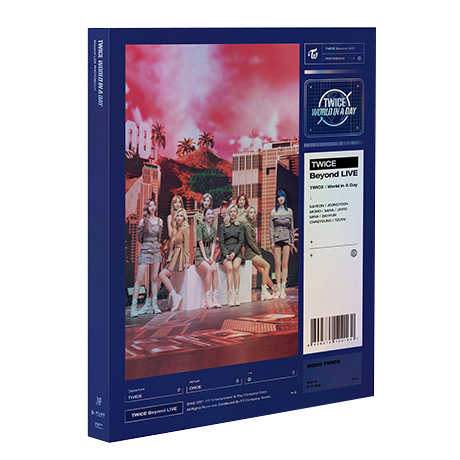 BEYOND LIVE : WORLD IN A DAY PHOTOBOOK