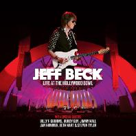 LIVE AT THE HOLLYWOOD BOWL [DELUXE]